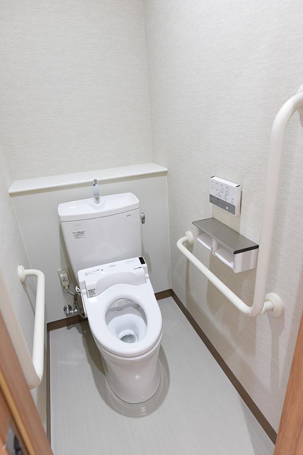 5階 トイレ